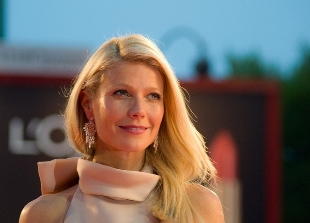 Gwyneth_Paltrow_red_carpet
