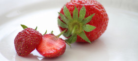 strawberry-on-plate