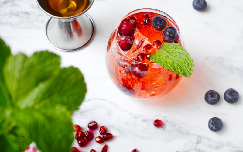 Recipe: Easy Pomegranate Blueberry Wine Supercooler